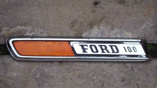 Part Badge Ford F 100