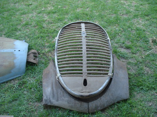 Part 1937 Ford Grill
