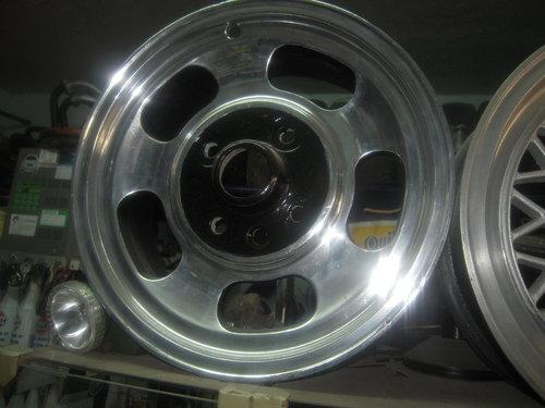 Repuesto Llantas Fiat 600