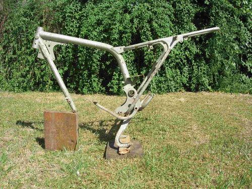 Part Box Ducati 175