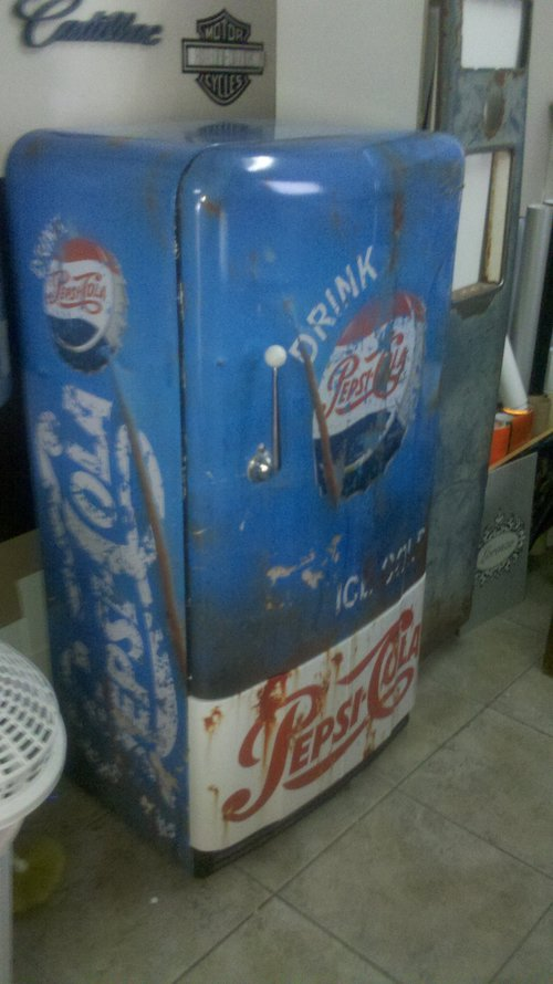 Part Retro Fridge