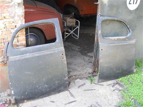 Repuesto Puertas Coupé Ford