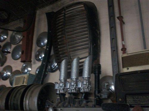 Part Admission Ford V8