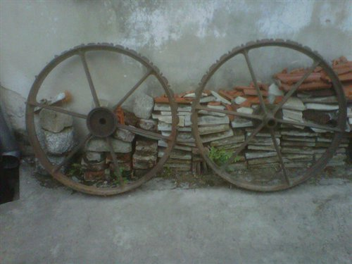 Part Antique Iron Wheel