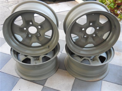 Part Chevy Rims