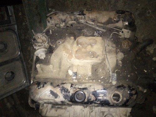 Part Dodge 360 V8 Engine