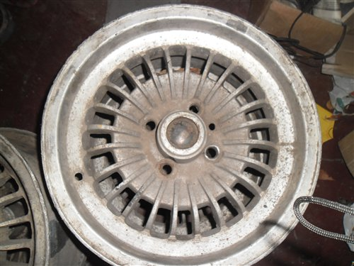 Repuesto Llantas Aleaci�n Fiat Coup� 125 128 133 1500