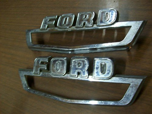Repuesto Insignias Ford F100