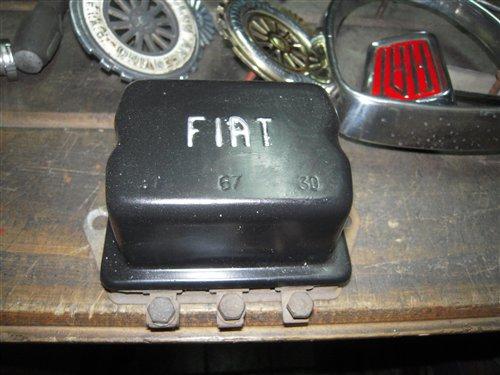 Repuesto Regulador Voltaje Fiat 600