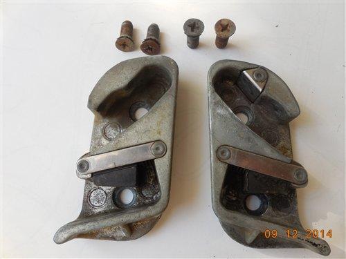 Repuesto Ret�n Cerradura Puertas Chevrolet 1954