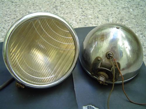 Part Pair Headlight Chrysler