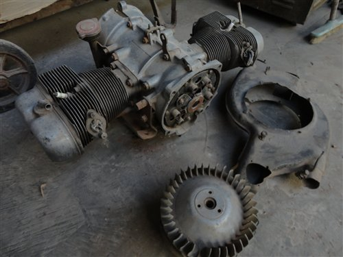 Part Isard 700 Engine