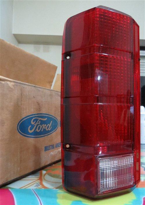 Repuesto Faro Tresero F100 Bronco