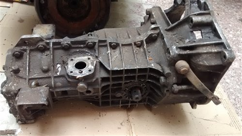 Part Gearbox With Axles 6 Renault 4s