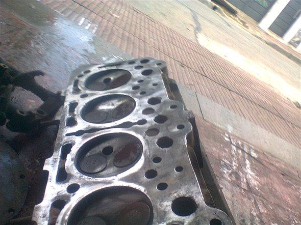 Part Top Cylinder Peugeot 404