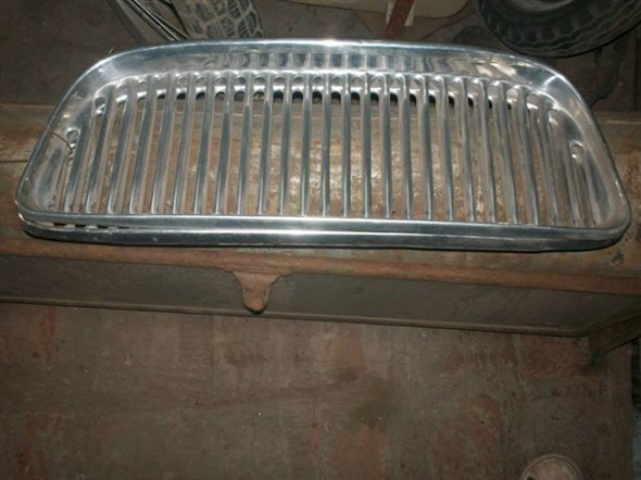 Part Grill Renauly