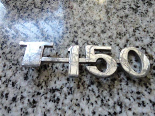 Repuesto Insignia T 150