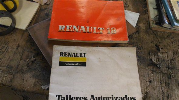 Part Glove Box Manual Renault R18