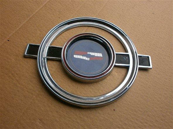 Repuesto Ornamento Insginia Chevrolet 400