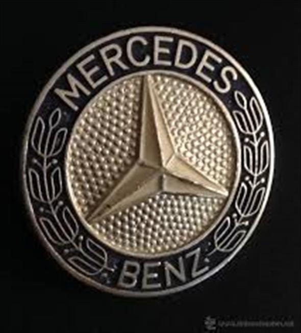 insignia mercedes benz 500 30166. Black Bedroom Furniture Sets. Home Design Ideas