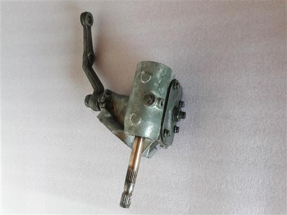 Part Caja Direccion Fiat 600