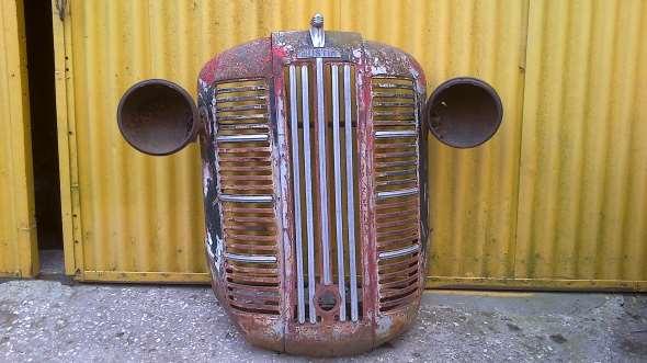 Repuesto Parrilla Frente Camión Austin 1946