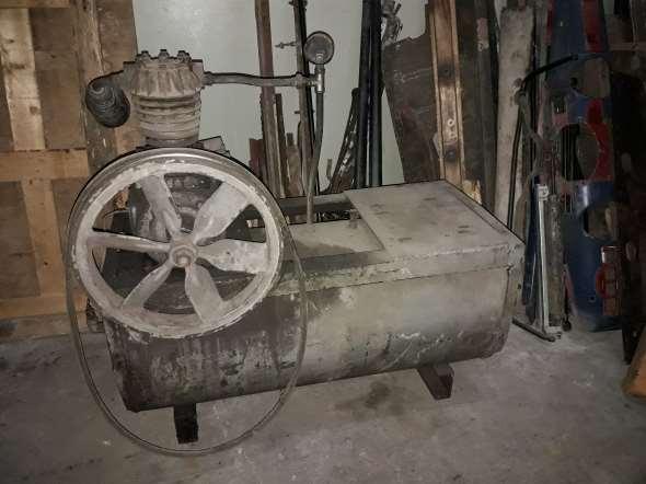 Part Old air compressor