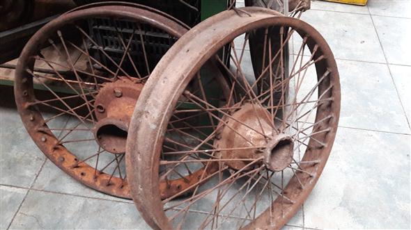 Part Buffalo tires