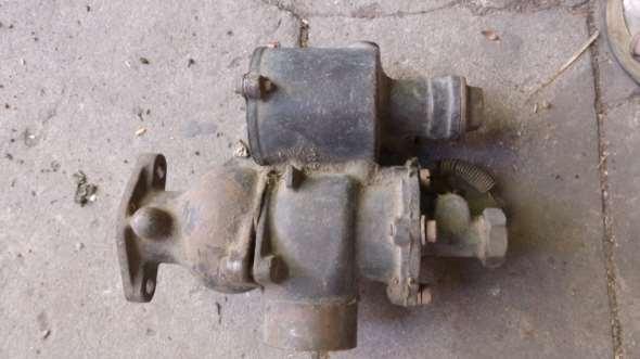 Part Dodge carburetor