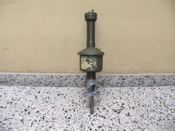 Part Tower pump naphtha and filter Original Ford V8 Okm.