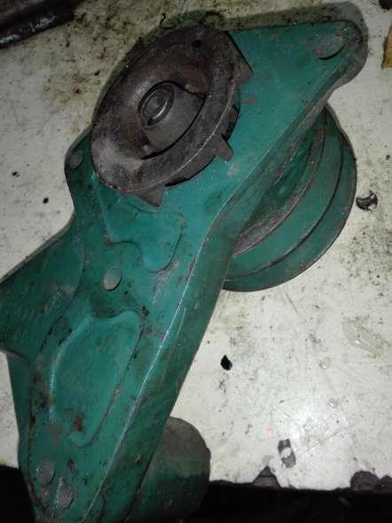 Repuesto Bomba Agua Ford V8 Ab9