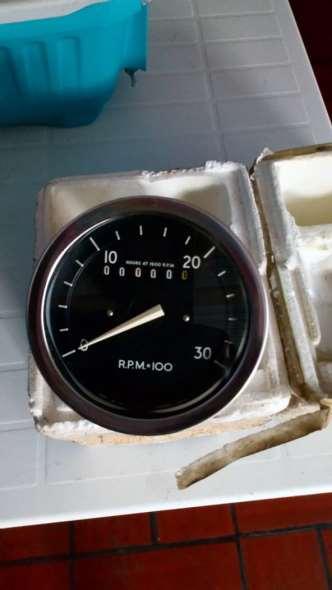 Repuesto Medidor Temperatura Y Cuenta Vueltas