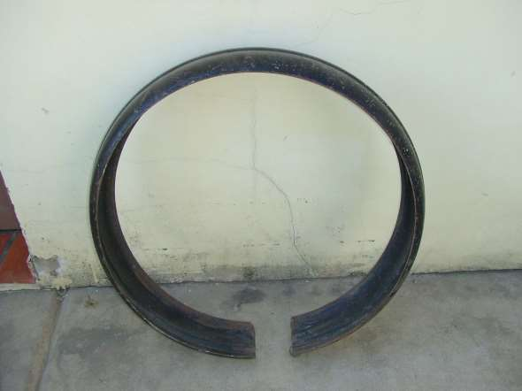 Cubre Auxilio Ford 35-36