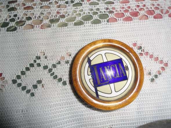 Repuesto Insignia Lancia