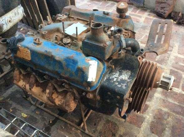 Motor Ford V8 370