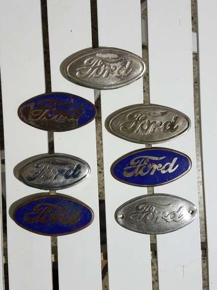 Repuesto Insignias Ford A