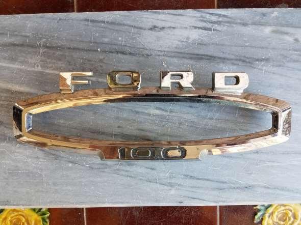 Repuesto Insignia Ford 100
