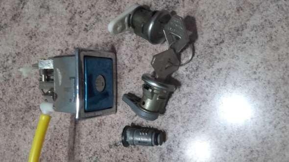 Repuesto Conjunto Cilindro Y Cerradura R21
