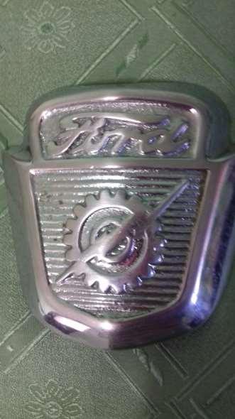Repuesto Vendo Insignia Pick Up Ford F100 1954/55
