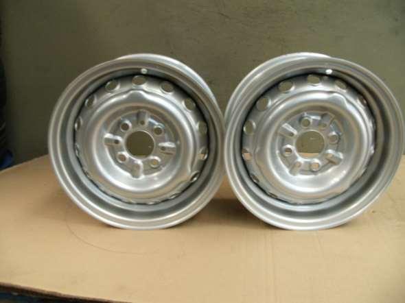 Repuesto Llanta 13 X 5 Cimetal Fiat 1600