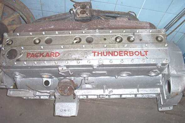 Motor Packard Thunderlbolt 8 Cilindros