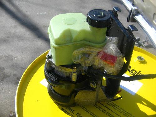 Repuesto Bomba Direcci�n Hidra�lica Clio 2
