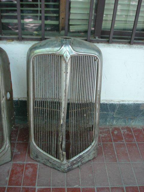 Repuesto M�scara Chrysler 1932