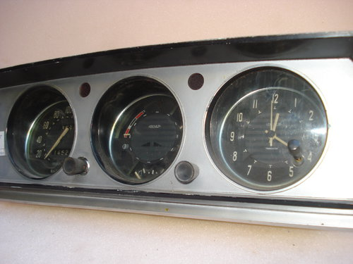 Part Instrumental Peugeot 504
