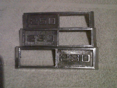 Part Chevy 230 250 Badges