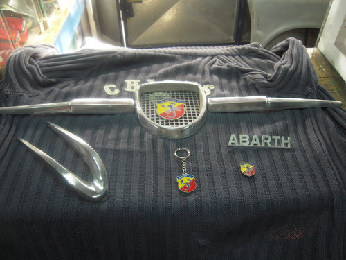 Part Grill Abarth Fiat 600