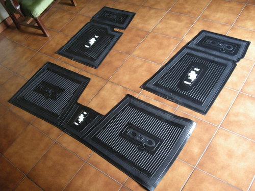 Repuesto Juego Cubrealfombras Torino