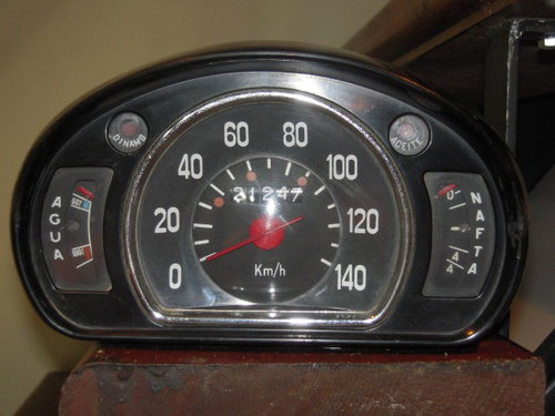 Repuesto Tablerito Fiat 600