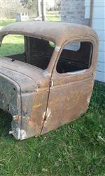 Chevrolet 1946 cabin