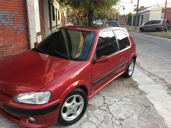 Auto Peugeot 106 S16
